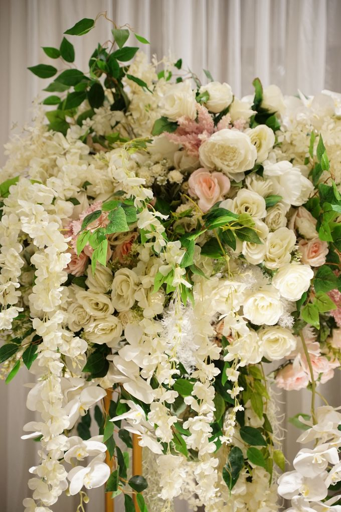 Michael & Valenta Wedding by Fiori.Co - 012
