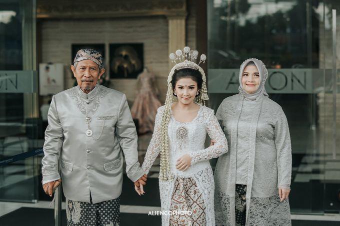 GEDUNG ANTAM WEDDING OF WINNIE & ANAS by alienco photography - 050