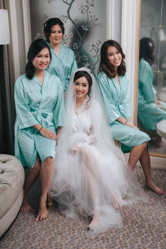 Evelyn & Jossy Wedding Preparation at Four Season Hotel by GoFotoVideo - 031