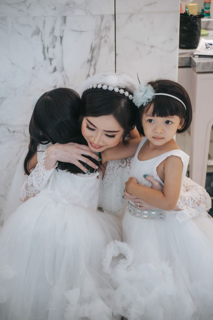 Evelyn & Jossy Wedding Preparation at Four Season Hotel by GoFotoVideo - 002