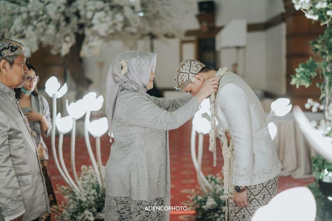 GEDUNG ANTAM WEDDING OF WINNIE & ANAS by alienco photography - 005