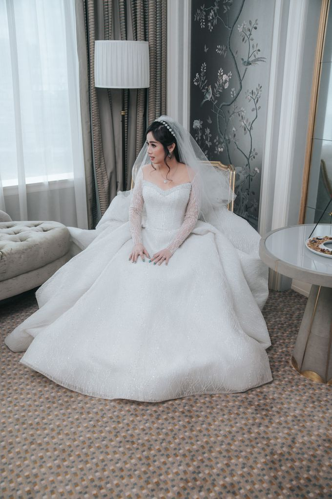 Evelyn & Jossy Wedding Preparation at Four Season Hotel by GoFotoVideo - 034