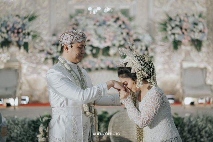 GEDUNG ANTAM WEDDING OF WINNIE & ANAS by alienco photography - 008
