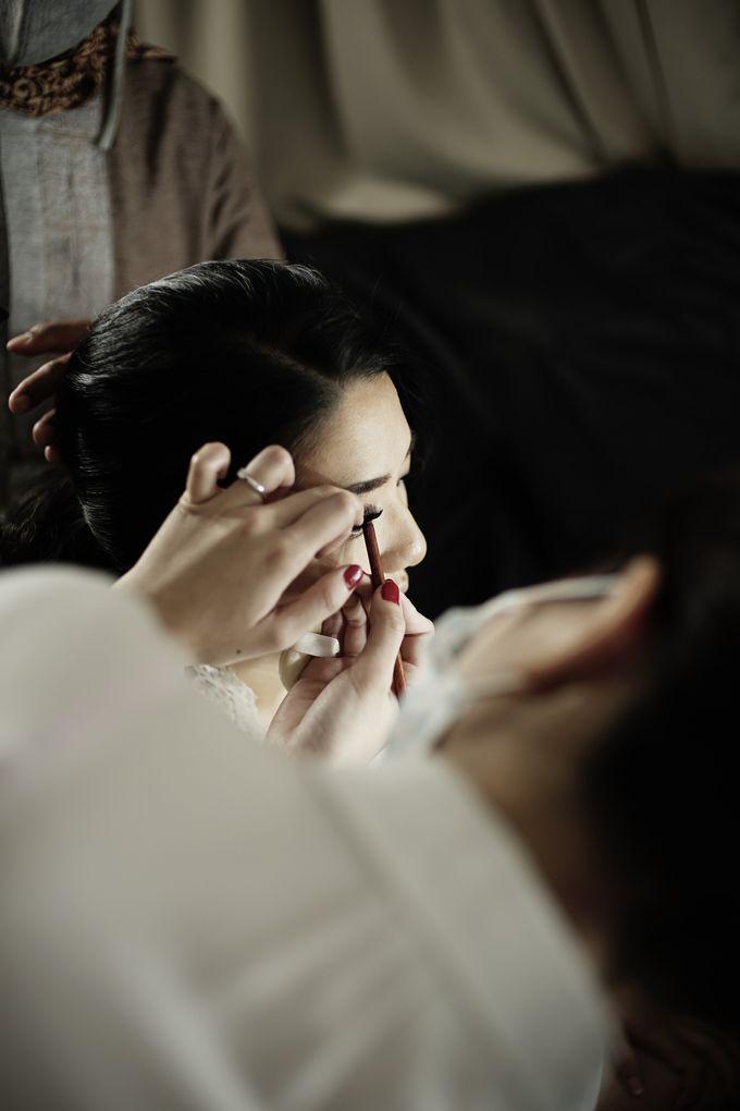 Holy Matrimony Rangga & Carissa by SEBASTIANsposa - 006