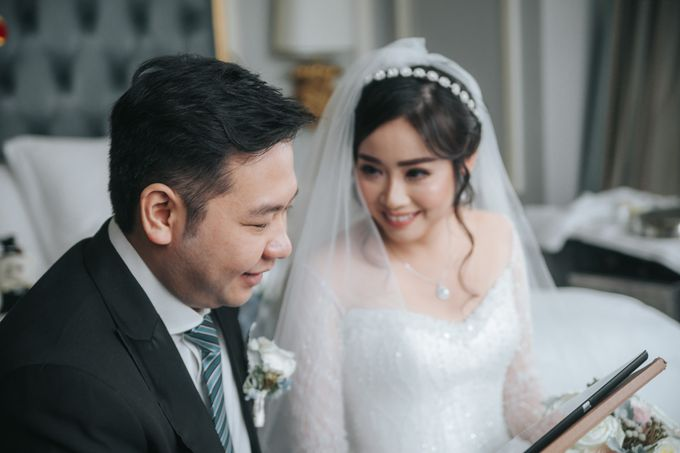Evelyn & Jossy Wedding Preparation at Four Season Hotel by GoFotoVideo - 042