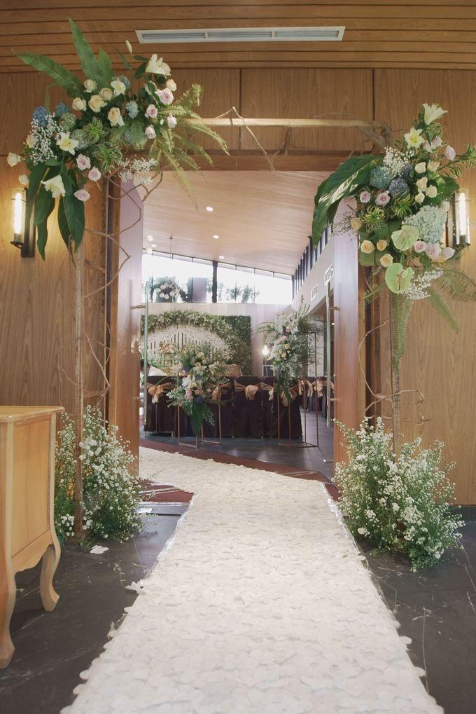 The Wedding Kevin & Itsna by AVIARY Bintaro - 006