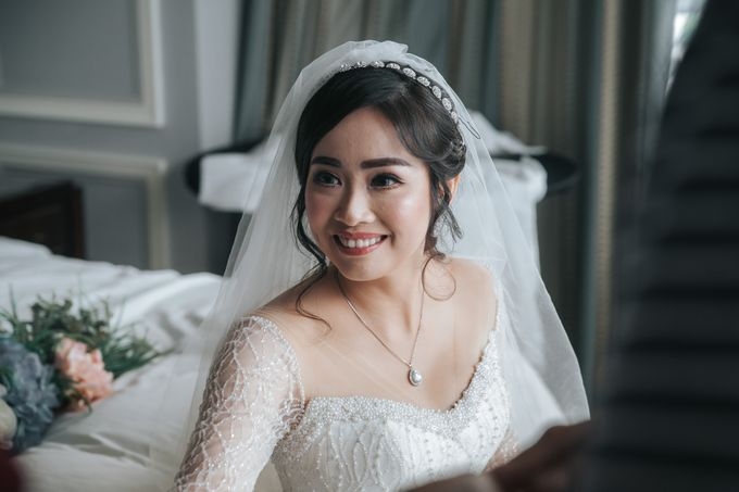 Evelyn & Jossy Wedding Preparation at Four Season Hotel by GoFotoVideo - 044