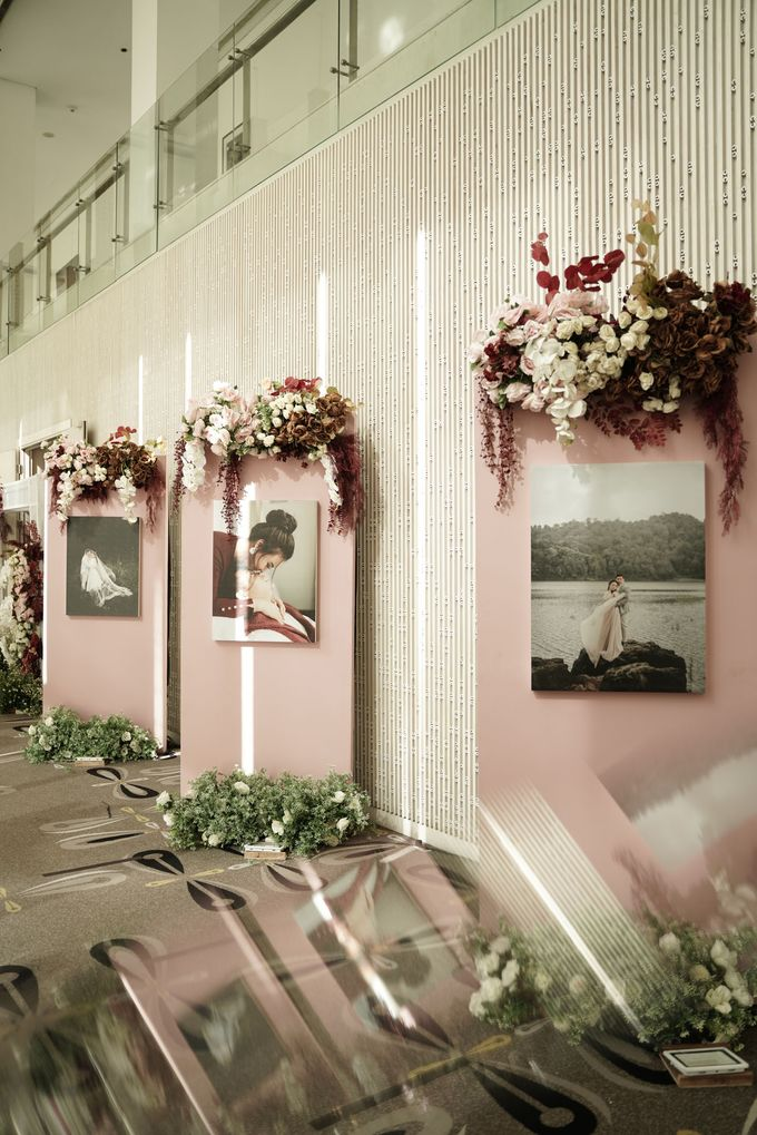 Indra  & Angel Wedding At Double Tree Hotel by Fiori.Co - 014