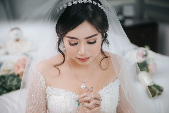 Evelyn & Jossy Wedding Preparation at Four Season Hotel by GoFotoVideo - 045