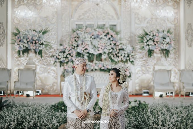 GEDUNG ANTAM WEDDING OF WINNIE & ANAS by alienco photography - 012
