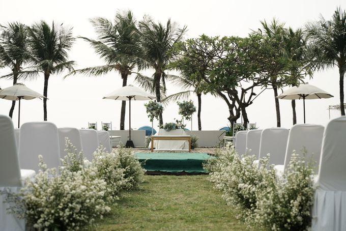 Rendy & Yolan Wedding At Segarra Ancol by Fiori.Co - 008