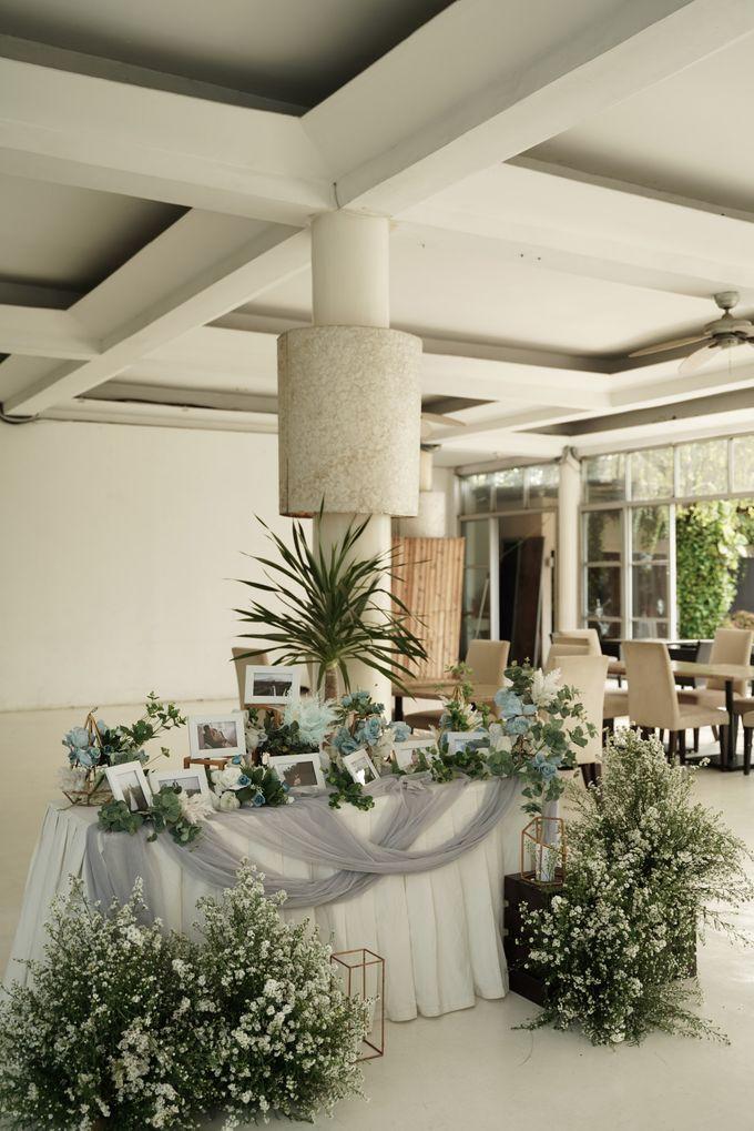 Rendy & Yolan Wedding At Segarra Ancol by Fiori.Co - 018