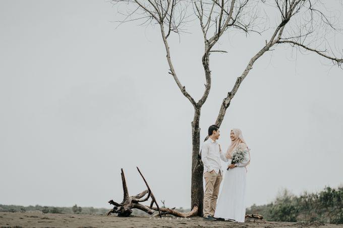 Prewedding moment afita by Aproject Photography Jogja - 001
