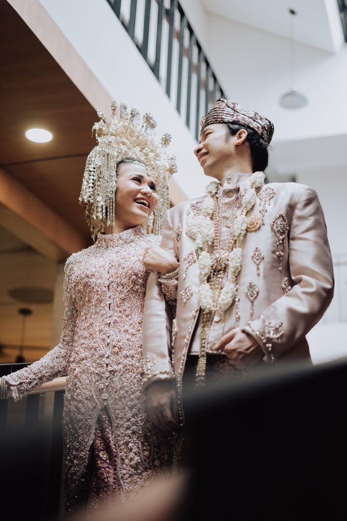 Intimate Traditional Wedding - Anis & Dade by Loka.mata Photography - 004