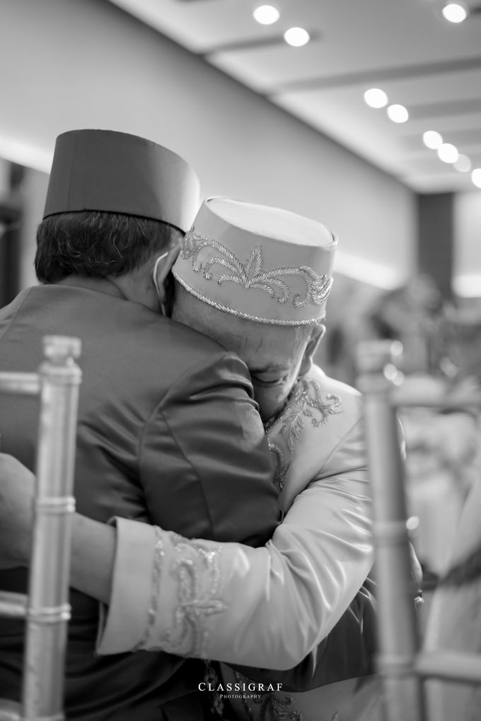 The Wedding of Nurul & Qodri at Horison Hotel by Decor Everywhere - 041