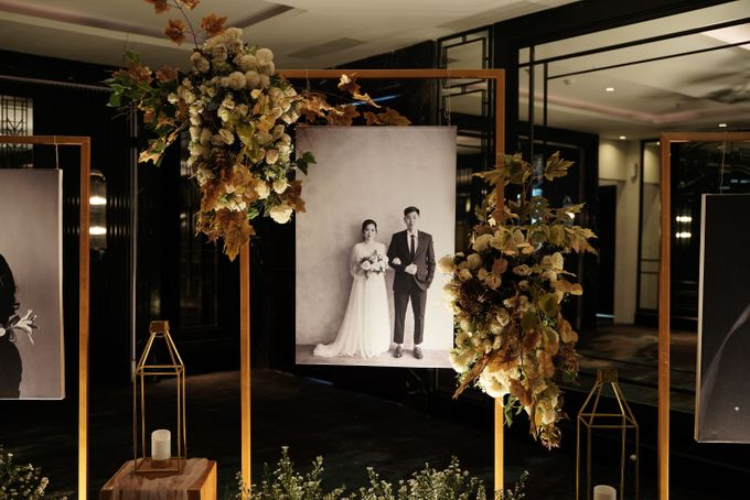 Adit & Wiwid Wedding At JHL Solitaire Serpong by Fiori.Co - 011