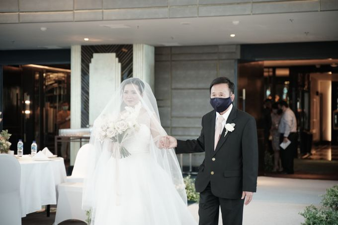 Adit & Wiwid Wedding At JHL Solitaire Serpong by Fiori.Co - 024