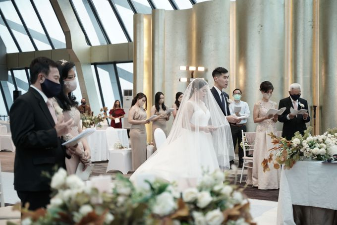 Adit & Wiwid Wedding At JHL Solitaire Serpong by Fiori.Co - 016