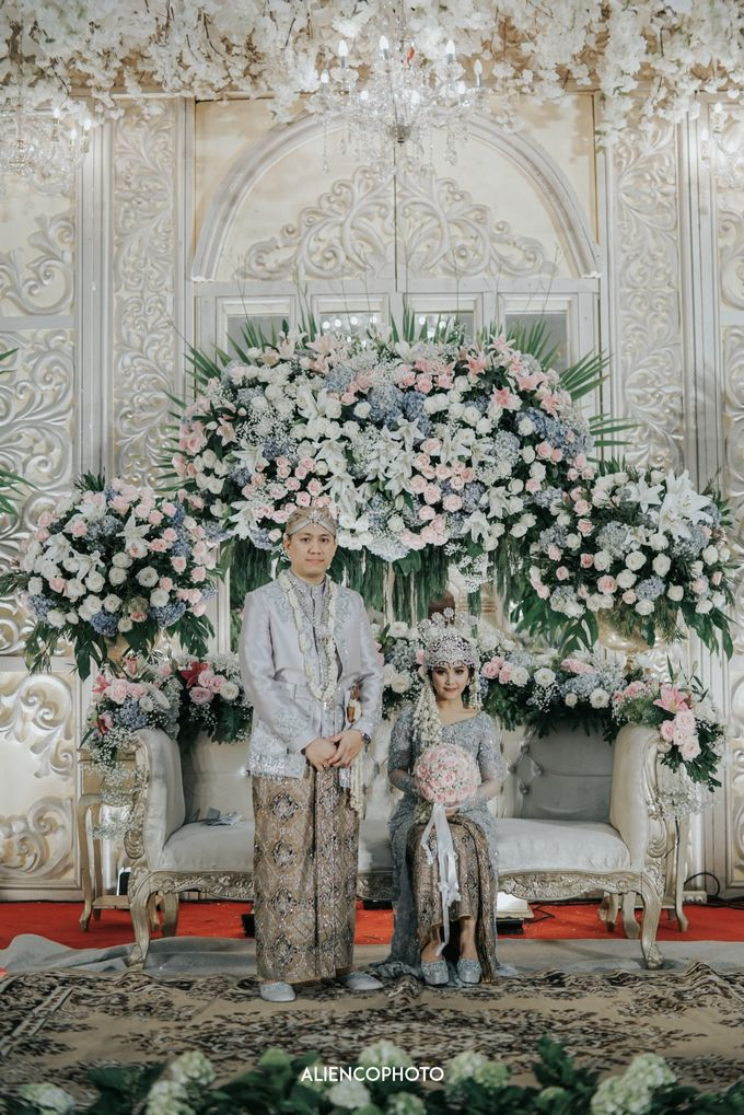 GEDUNG ANTAM WEDDING OF WINNIE & ANAS by alienco photography - 030