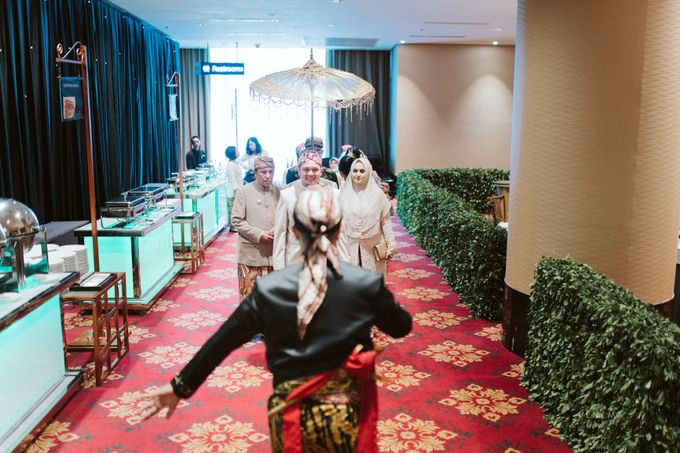 Arman & Alya Traditional Wedding Day by Venema Pictures - 017