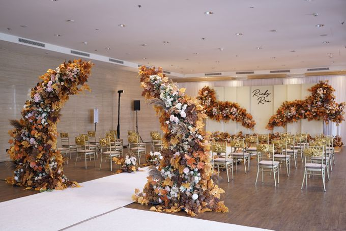 Ricky & Rea Wedding At Glass House RCPP by Fiori.Co - 004