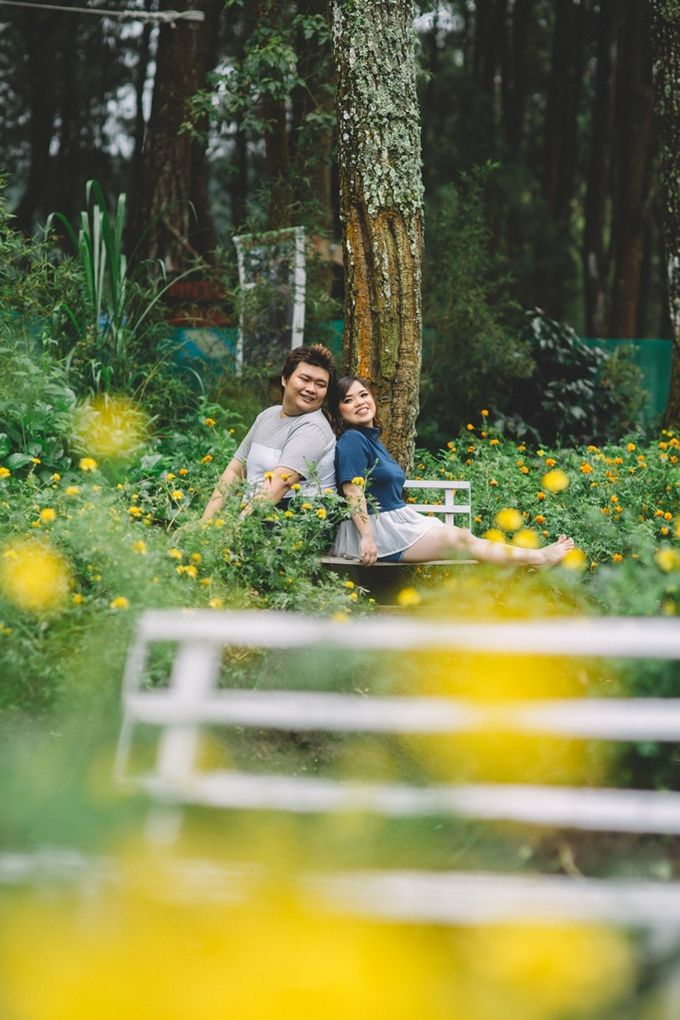 Prewedding Anton & Lina by Cheers Photography - 009