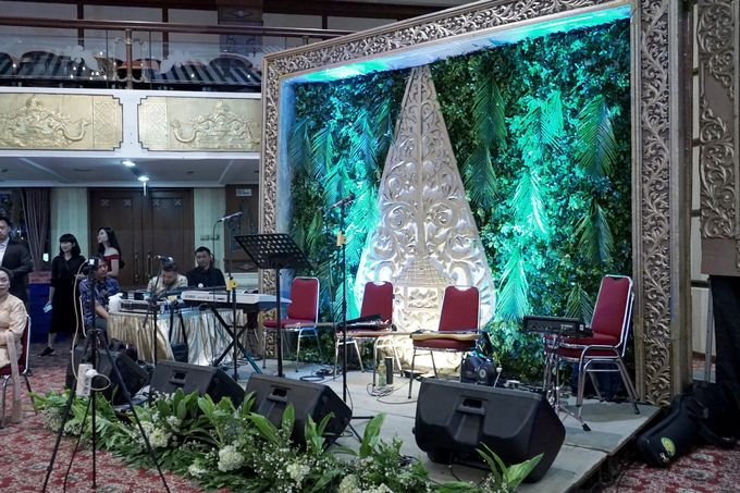 Berti & Silas Decoration by Our Wedding & Event Organizer - 016