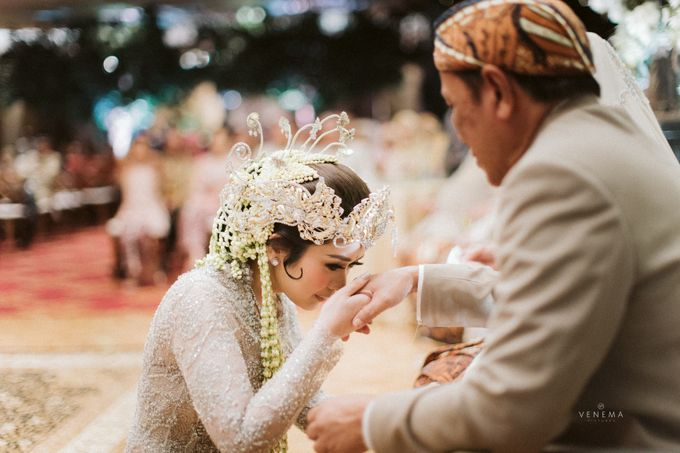 Arman & Alya Traditional Wedding Day by Stupa Caspea Event Decoration - 015