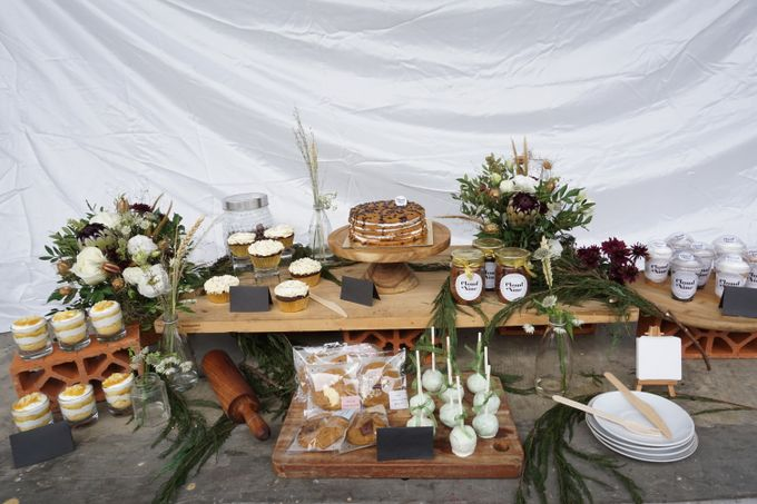 Rustic Dessert Table by Cloud Nine Cakery - 006