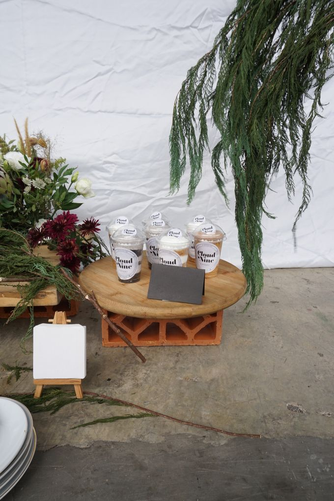 Rustic Dessert Table by Cloud Nine Cakery - 004