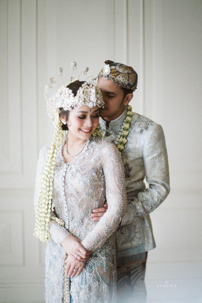 Arman & Alya Traditional Wedding Day by Verakebaya - 011