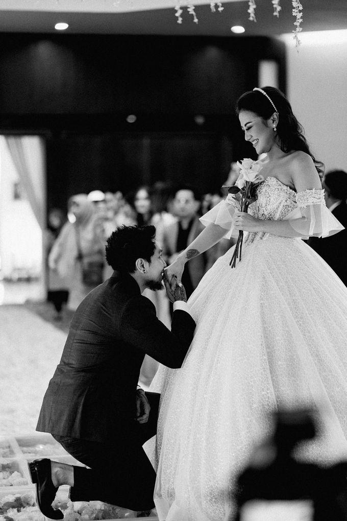Wedding Day of Vicky & Irindacil by Ricky-L Photo & Bridal  - 010