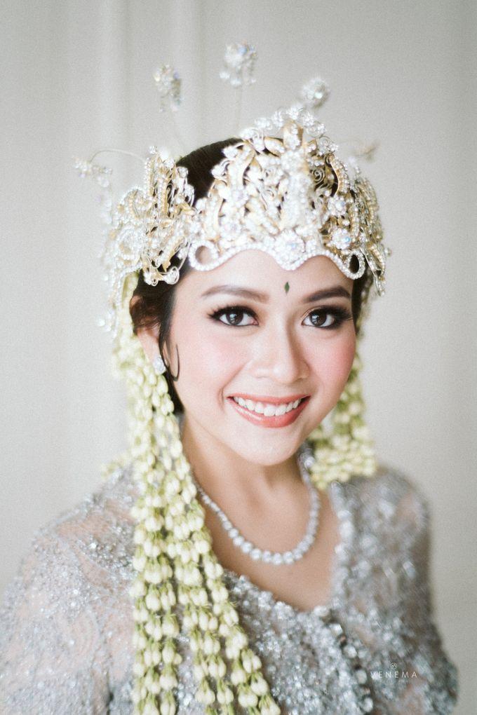 Arman & Alya Traditional Wedding Day by Verakebaya - 002
