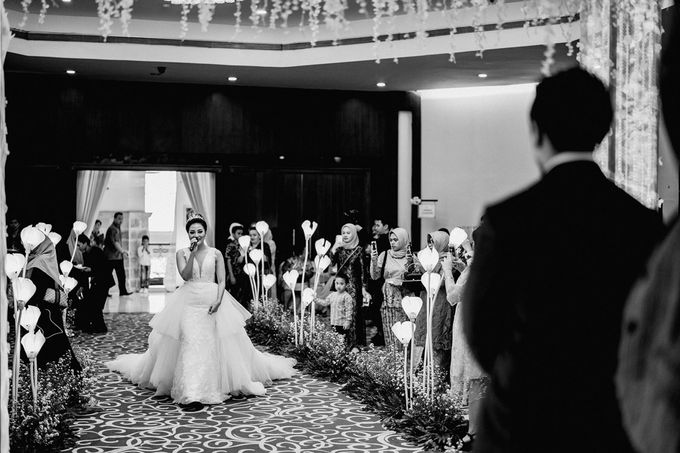 Wedding Day of Vicky & Irindacil by Ricky-L Photo & Bridal  - 006