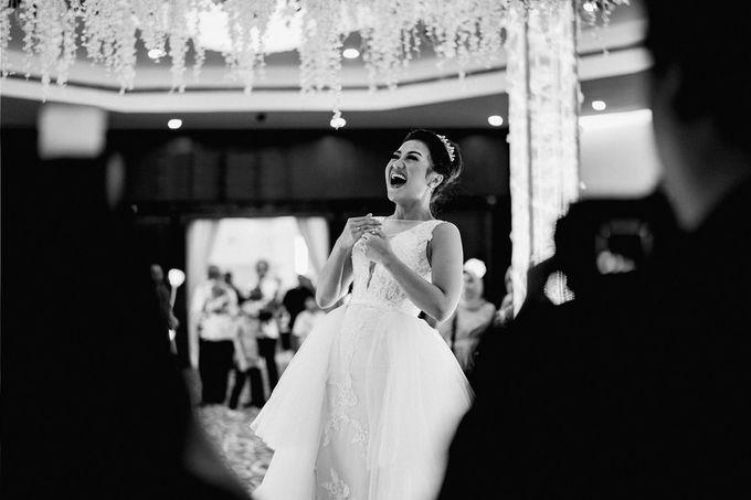 Wedding Day of Vicky & Irindacil by Ricky-L Photo & Bridal  - 007