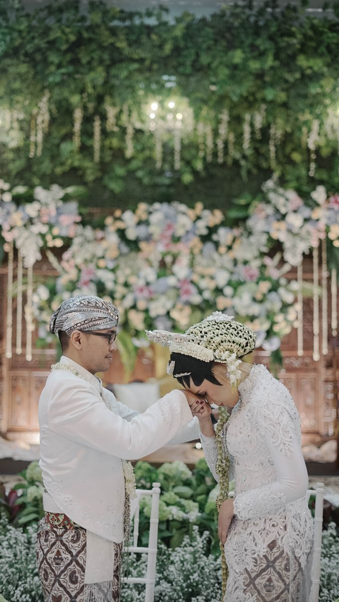 Saskia & Pungki by Simple Wedding Organizer - 016