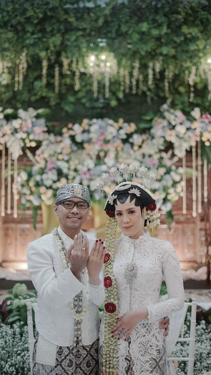 Saskia & Pungki by Simple Wedding Organizer - 017