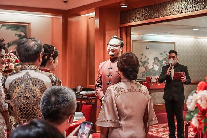 Engagement of ABEL & JACQUELINE by Shangri-La Hotel, Surabaya - 010