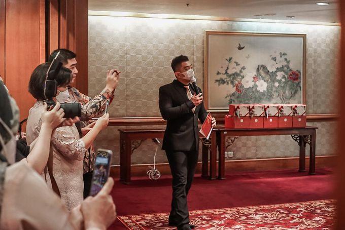 Engagement of ABEL & JACQUELINE by Shangri-La Hotel, Surabaya - 009