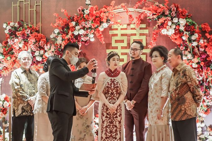 Engagement of ABEL & JACQUELINE by Shangri-La Hotel, Surabaya - 003