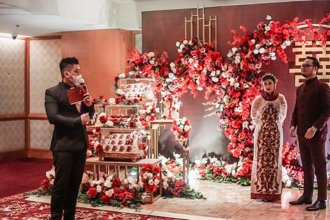 Engagement of ABEL & JACQUELINE by Shangri-La Hotel, Surabaya - 006