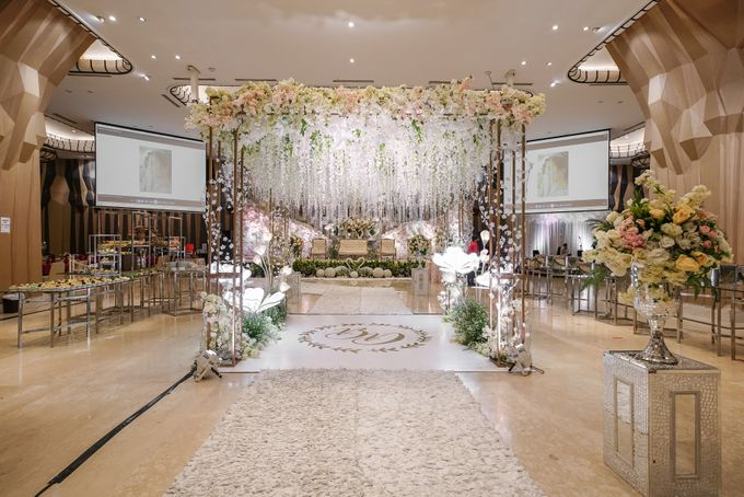 THE WEDDING OF B & D by GLORIOSA DECORATION - 004