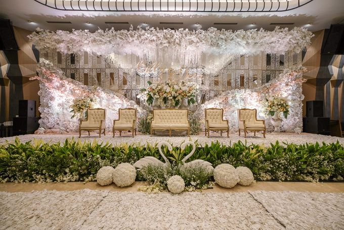 THE WEDDING OF B & D by GLORIOSA DECORATION - 006