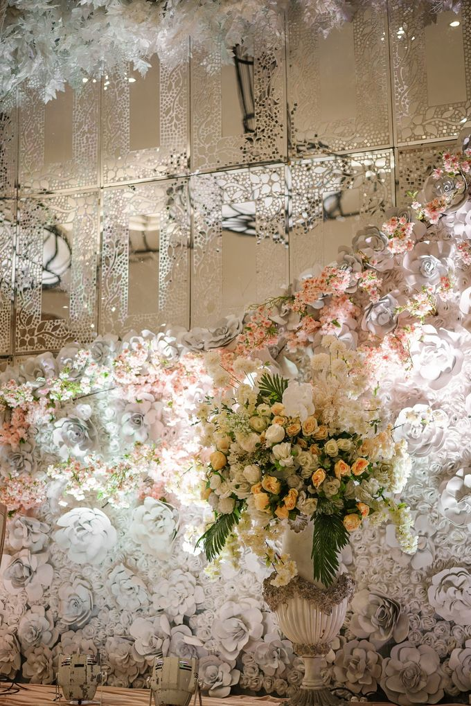 THE WEDDING OF B & D by GLORIOSA DECORATION - 008