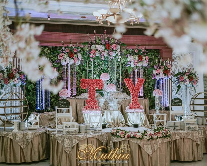Wedding Of Tiari & Yoga by Muthia Catering - 022