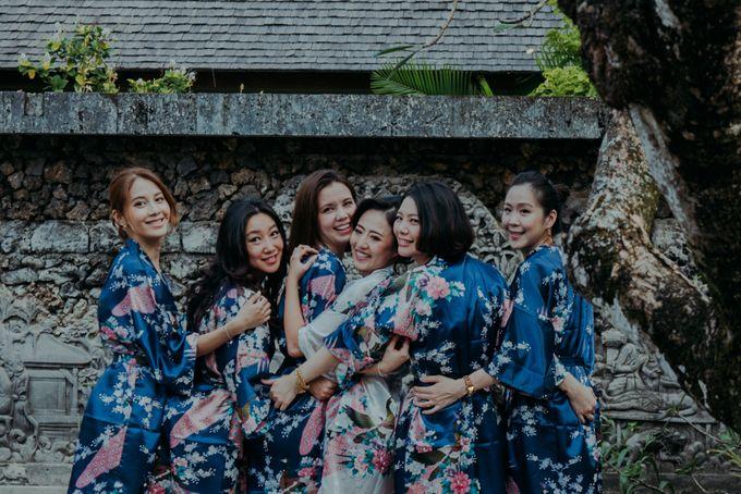 We Love Canon by Mariyasa - 001