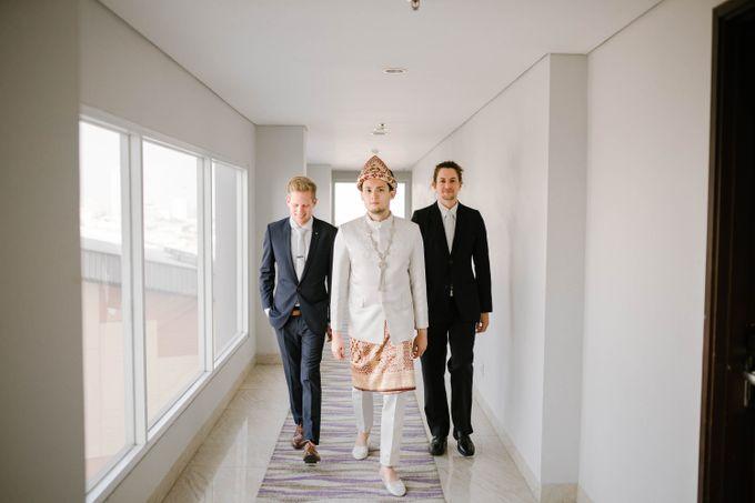 Olivia & Rhorgan Wedding by Mindflush - 002