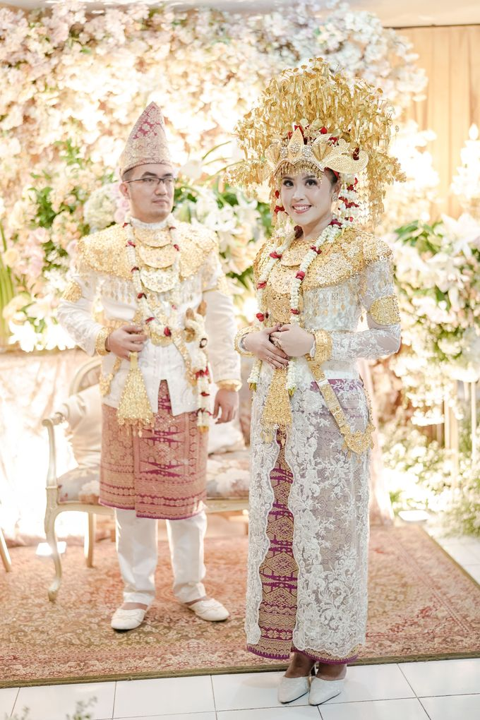 Reyna & Rama Engagement by UK International Jakarta - 011