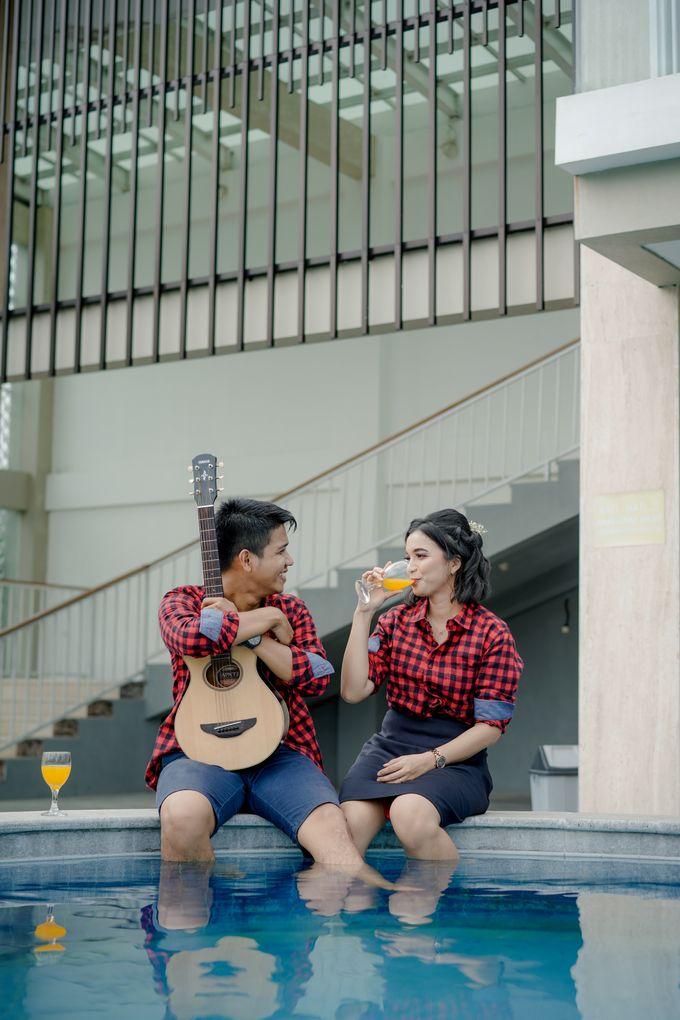 Prewedding Sara dan Jonathan by jogjasendu - 014