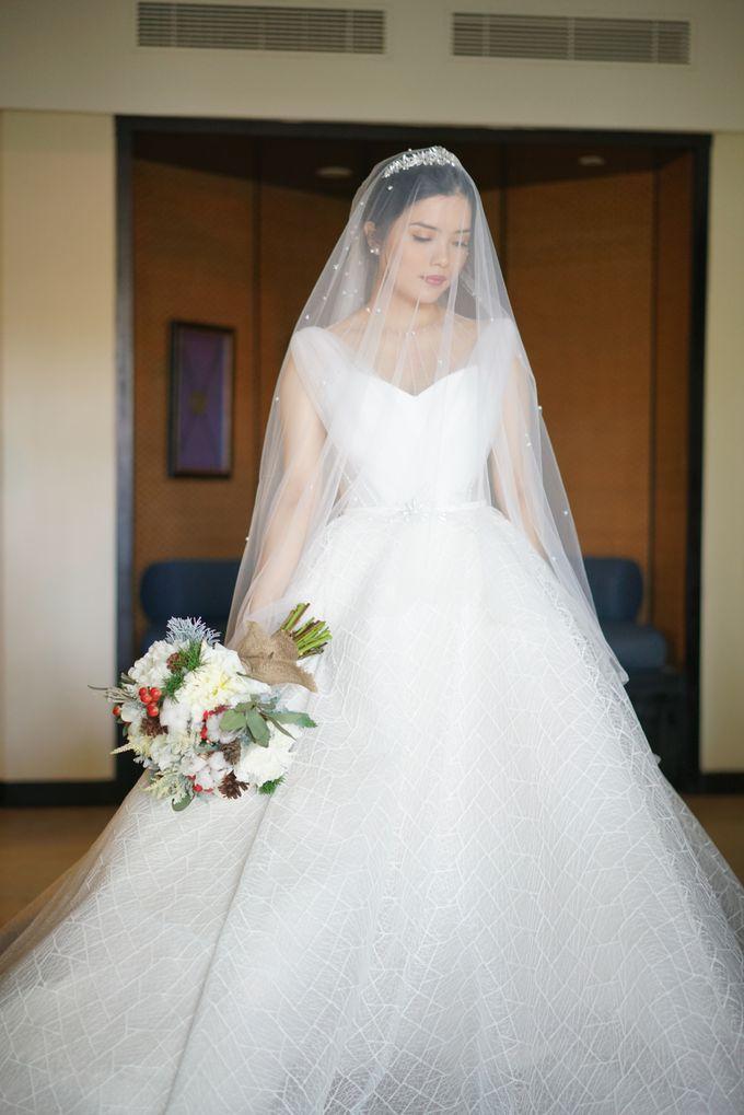 Wedding dress Natashia Nikita by Butterfly Event Styling - 001